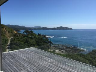Little Taupiri - Stunning Views on the Coast