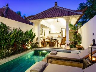 One bedroom, private pool close to Seminyak Beach