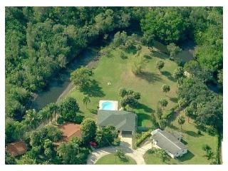 Amazing Backyard !!!  Vacation House River Garden !, Fort Myers