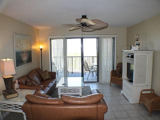 Upgraded Ocean/Beach Front Condo, Flat Screens, Wifi, 2 Balcony's, Saint Augustine
