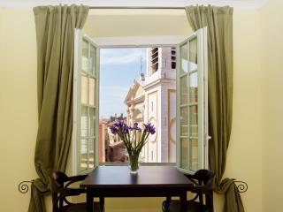 Beautiful 1 bed apartment Old Town, Nizza