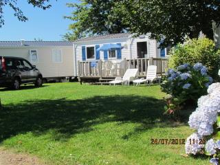 Jantom Holidays self catering 3 bedroom 21st Century Mobile Homes by beaches, Benodet