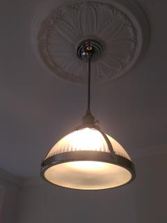 Dimmable lights in living room
