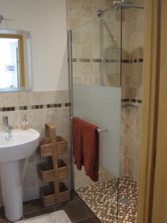...with its own en suite too - here is a sneaky peek of the Autumn en suite