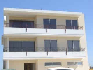 Two Bedroom Apartment, Pervolia
