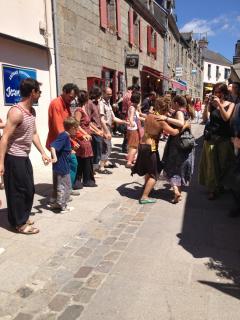 Street dancing....Concarneau