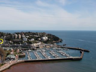 Superb position of the Beulah Apartments in Torquay
