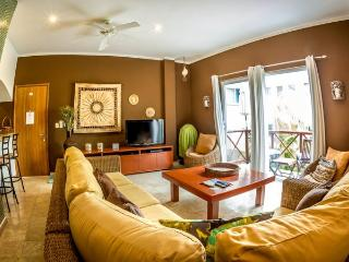 Magic Paradise 2 Bedroom Private Condo, Playa del Carmen