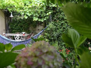 Guest House in a garden, Navigli-Milan, Milaan