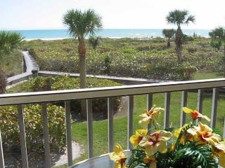 Gulf Beach -Gulf Front Condo - Panoramic View on Quiet Beach
