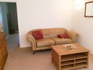 Annexe In Beautiful Countryside.  1 Bed Sleeps 4, Brabourne