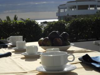 Bilocale con vista sul mare,  in Villaggio - D454