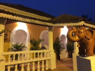 VILLA LOU Goan Villa 15 minutes to Anjuna beach, Verla Canca