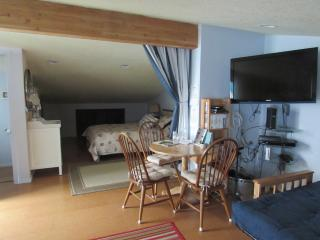 Cozy family Suite/Hideaway at Tillamook Bay, Bay City