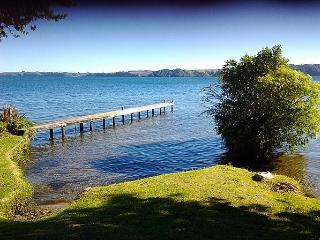 Rotoiti Lakeside