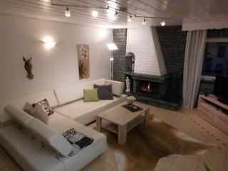 Vacation Apartment in Flörsbachtal - 1076 sqft, newly renovated, comfortable and tastefully decorated…, Lohrhaupten