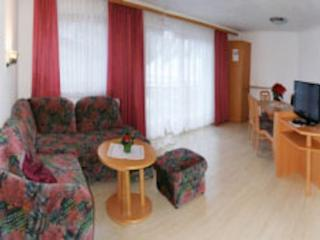 Vacation Apartment in Samnaun - 700 sqft, central, quiet, comfortable (# 7014)