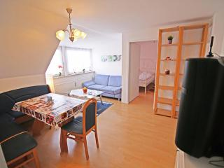 Vacation Apartment in Munich - 969 sqft, bright, comfortable, quiet (# 7352), Múnich