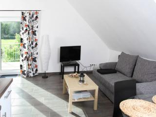 Vacation Apartment in Insul - 517 sqft, comfortable, quiet, friendly (# 7380)