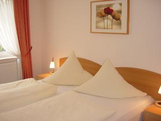 Vacation Apartment in Jork - 538 sqft, quiet, comfortable,countryside, citylimits of Hamburg (# 7555)