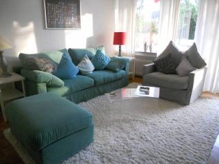 Vacation Apartment in Bonn - 592 sqft, comfortable, sunny, central (# 8083)