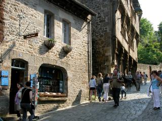 Charming one bedroom apartment, Dinan