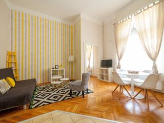 Wonderful 1BR Apt. @ Oktogon/Opera/Liszt Academy