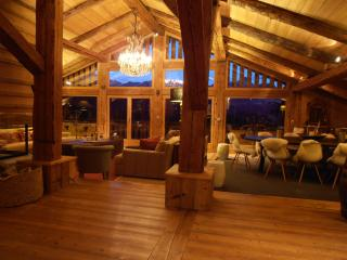 Exceptional chalet des Intages - FULLY CATERED, Combloux