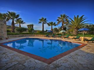 Farmhouse Lara - Private Pool - Rural & Relaxing