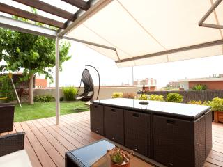 Villa Barcelona beach private pool garden  5BDR