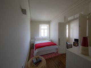 Home Made Guest Studios - Studio Arrabida