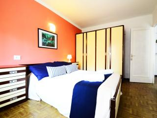 Rocker apt is well equipped with partial sea view, El Arenal