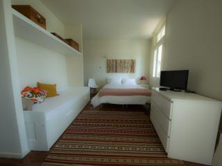Home Made Guest Studios - Studio Freixo, Oporto