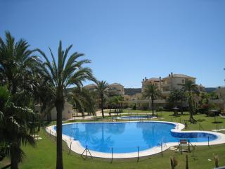 Super San Roque Club/Sotogrande garden apartment