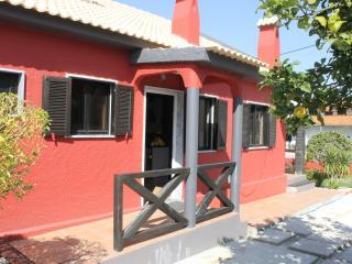 Aroeira Pool House , Costa da Caparica