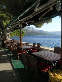 Waterfront Restaurants - 5 minutes walk from Apartment Emly