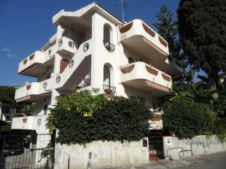 Sea-view with garden apartment in Recanati, Sicily (near Taormina)! 2