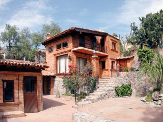 Studio and La Casa