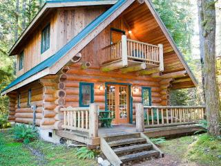 #10 Log cabin at its best!, Glacier
