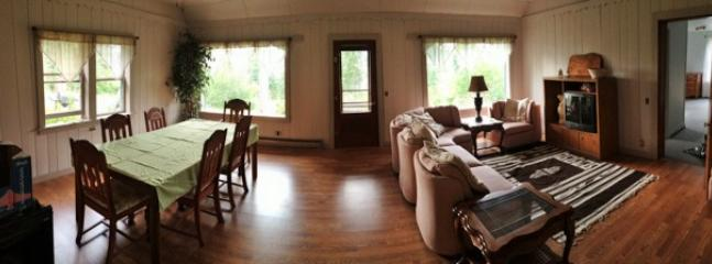 Panoramic view of the front room