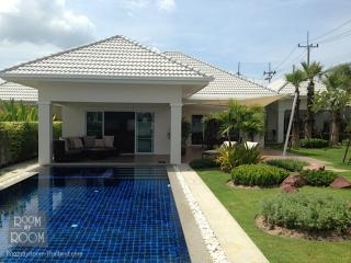 Villas for rent in Hua Hin: V6185