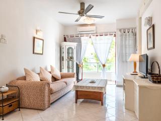 Cozy 3BR Condominium in Gurney Area, Tanjung Tokong