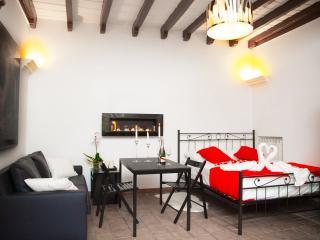 Campo De' Fiori Romantic Apartament