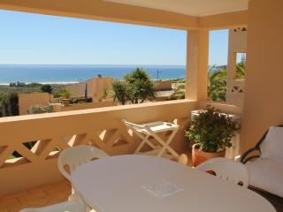 Sud Portugal-Algarve, Appartement face a l'ocean