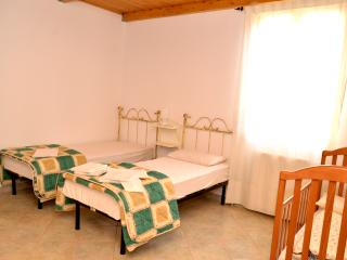 S'INCONTRU - Room 3, Galtelli