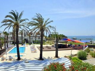 Sea And You Beachfront 2BR-6, Kadikale