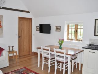 Dairy Cottage - Open plan living area 2