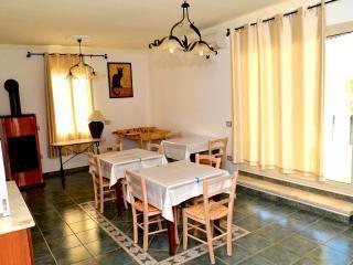 S'INCONTRU - Room 4, Galtelli