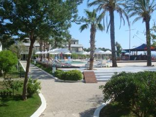 Sea And You Beachfront 1BR-2, Kadikale