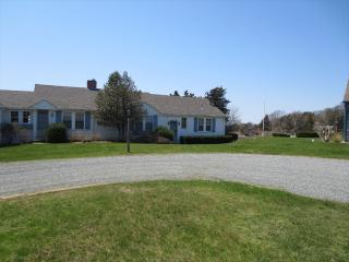 W FALMOUTH, SLEEPS 10, w/ DOCK, 1MILE to CHAPPY 123247, Falmouth